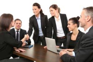 Beziehungskompetenz sorgt für zufriedene Mitarbeiter.
