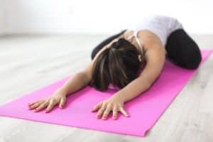 Yoga hilft gegen Depression. Great Growing Up beugt vor.